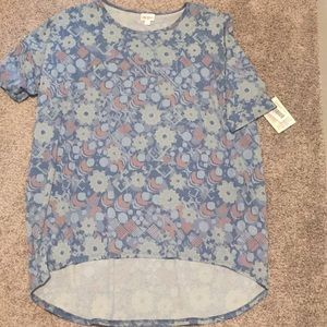 Lularoe irma xl fits loosely nwt